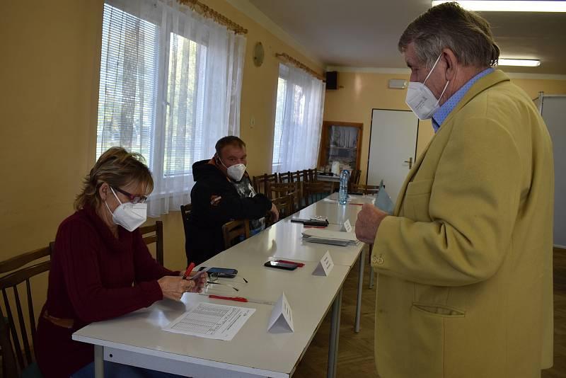 Volební komise se shodla na to, že i letos bude volební účast vysoká.