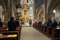 Kostel svatého Bartoloměje se v noci otevřel návštěvníkům.