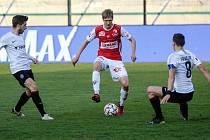 Fotbalové utkání FK Pardubice - AC Sparta Praha