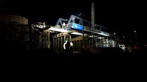 Nový železniční most u pardubického Parama už je na místě