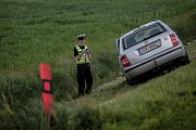Čelní střet dvou aut u Dražkovic si vyžádal jedno těžké a jedno lehké zranění.