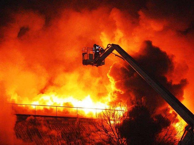 V areálu TMS hořelo! Tento týden už podruhé!