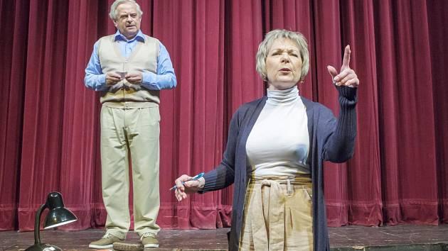 Z představení Divadelní komedie Východočeského divadla v Pardubicích