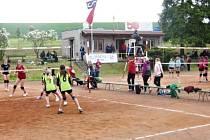 Volejbalový turnaj dívek Zmrzliňák v Lupenici