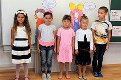 Prvňáčci ze Základní školy v Lipolticích.