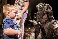 Den dětí ve Východočeském divadle v Pardubicích.