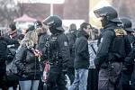 Derby Pardubice vs. Hradec. Policisté tentokrát příliš práce neměli.