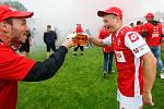 Oslavy titulu mistra Fobalové národní ligy týmu FK Pardubice na hřišti pod Vinicí v Pardubicích.