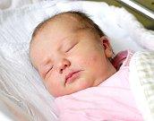 ANGELINA OULEHLOVÁ se narodila 12. července v 1 hodinu a 2 minuty. Měřila 50 centimetrů a vážila 3200 gramů. Maminku Kristýnu podpořil u porodu tatínek Martin. Bydlí v Hradci Králové.