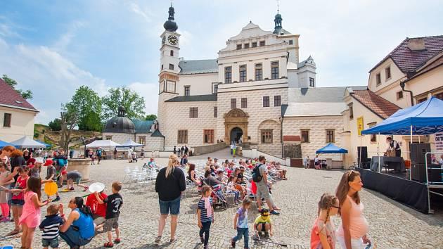 Zámkohraní zaplní v neděli Zámek Pardubice.