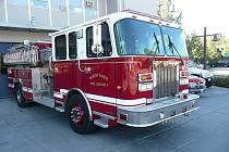 """Hasičský """"truck"""" ve městě Tahoe, California."""
