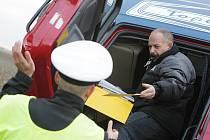 Opilý řidič polského kamionu havaroval u Rokytna. Nadýchal 2,6 promile alkoholu.