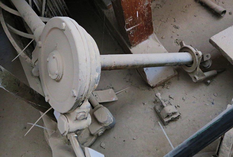 Prostory galerie ozdobí původní mlýnské stroje.