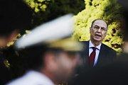 Čest padlým přijel vzdát také velvyslanec Turecka Ahmet Necati Bigali