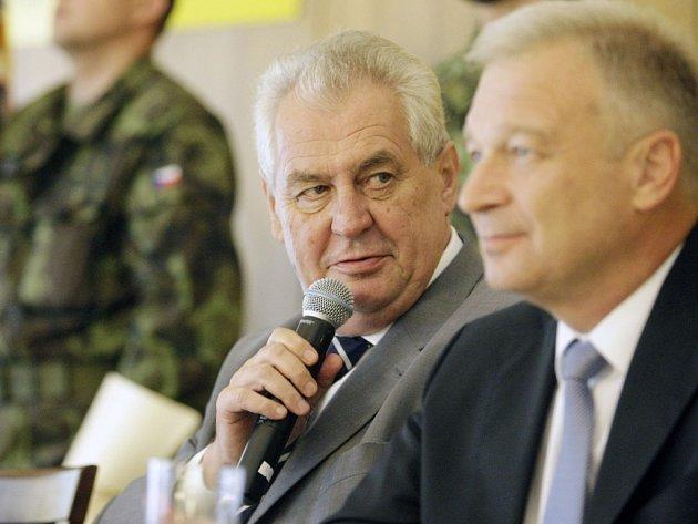 Návštěva prezidenta Miloše Zemana na vojenské škole v Moravské Třebové