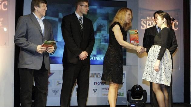 Vítězkou prestižní ankety se stala orientační běžkyně Martina Zvěřinová z Pardubic. Trofej si odnesla především díky skvělému výsledku na mistrovství světa ve Francii, odkud přivezla stříbrnou medaili ze štafety.