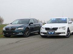 Nové policejní superby v civlním provedení co nevidět zamíří na silnice v Pardubickém kraji.