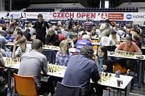 Kolem pěti tisíc hráčů z přibližně 50 zemí je přihlášeno na letošní 25. ročník Mezinárodního festivalu šachu a her Czech Open v Pardubicích.