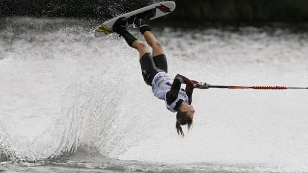 Marina klub v Mělicích hostil mistry ve vodním lyžování