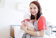 ANDREA NEKVINDOVÁ se narodila 5. února ve 23 hodin a 40 minut. Měřila 48 centimetrů a vážila 3240 gramů. Maminku Kristýnu podpořil u porodu tatínek Jiří. Doma v Pardubicích na nového sourozence čeká šestiletý Lukáš a tříletá Dominika.