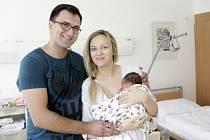 LEONARD KURYLO se narodil 3. července ve 3 hodiny a 49 minut. Měřil 51 centimetrů a vážil 3580 gramů. Maminku Marianu podpořil u porodu tatínek Marian. Bydlí v Pardubicích.
