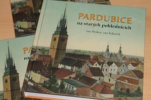 Pardubice na starých pohlednicích.