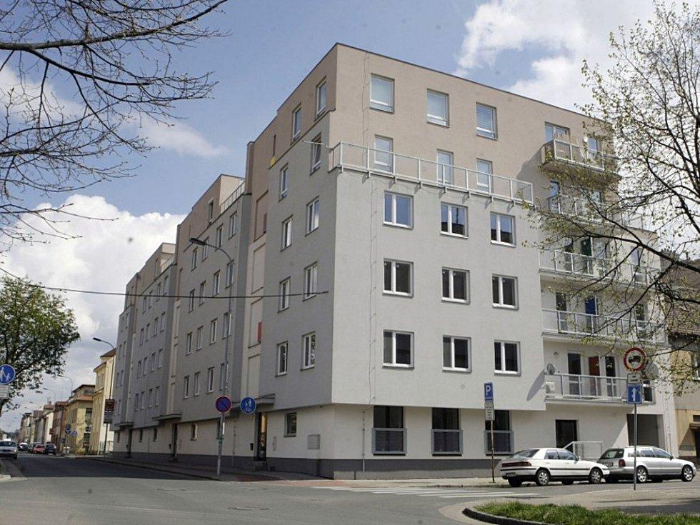 Dům v Milheimově ulici je pravděpodobně nejdražším bytovým domem v Pardubicích.