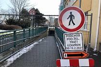 Podchod mezi ulicemi Rokycanova a Sladkovského je od 15. února uzavřen. Znovu se zpřístupní až po rekonstrukci 1. října.