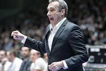 """""""Neno"""" na trůnu. Trenérem roku 2018 byl zvolen kouč basketbalové repre Ronen Ginzburg. Izraelec působí na lavičce klidně, ale někdy za to umí pořádně vzít."""
