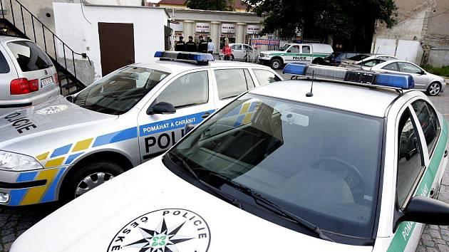 Policie vyšetřuje incident v herně za pasáží. Šlo o přepadení nebo jen nehodu?