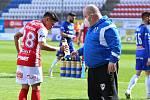 Masér fotbalového týmu FK Pardubice Michal Kábele.