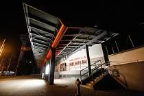 Dominanty v nočních Pardubicích. Enteria arena.