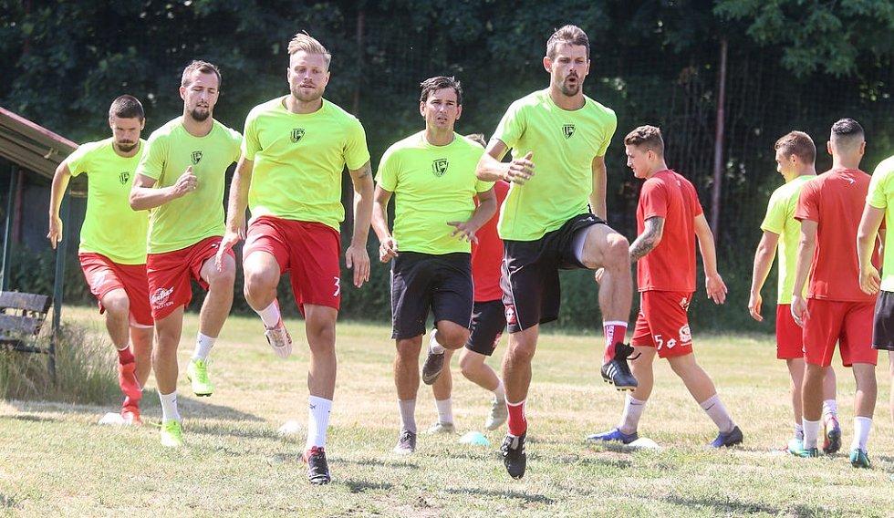 Pardubičtí fotbalisté zahájili přípravu n novou sezonu.