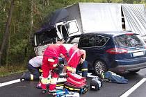 Nehoda u Chvojence si vyžádala život osmapadesátiletého řidiče osobního vozu