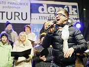 Pěvecký sbor Continuo: zpěváci, na nichž pardubická část projektu Česko zpívá koledy stojí už od jeho začátku