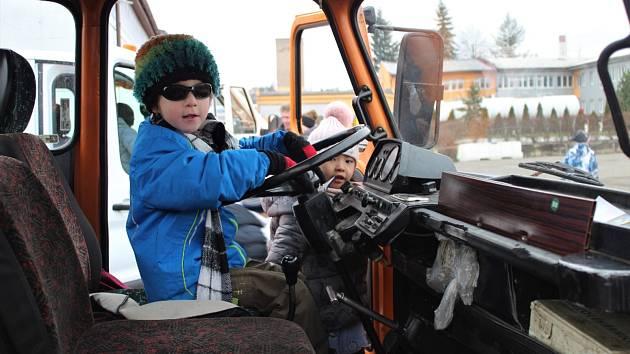 Děti na akci Mladí cestáři.