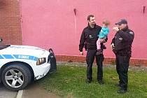 Nalezená holčička byla vrácena rodičům