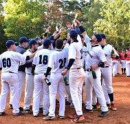 Pardubičtí Pasos dostali ihned po skončení finálové série pohár pro vítěze druhé ligy.
