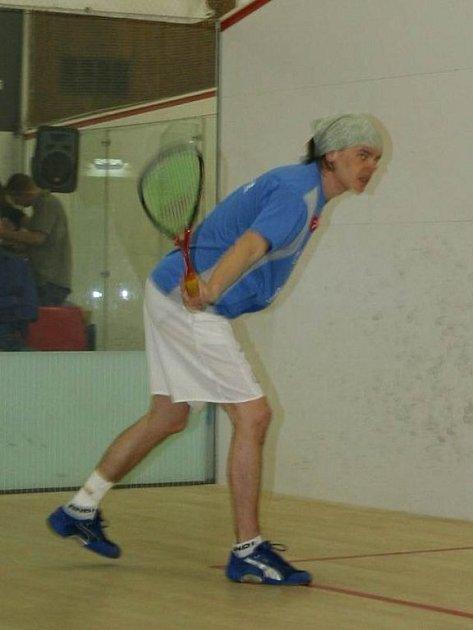 Squash je stále oblíbenější sport.