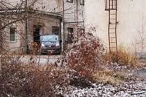 """Pohřební služba v areálu """"Prokopky"""". Policisté tam našli mrtvou ženu."""