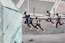 Běžci v pardubických ulicích
