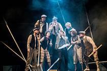 Městská divadla pražšká: V + W Revue