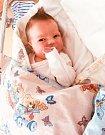 ELLEN HOLKŮ se narodila 13. dubna ve 13 hodin a 59 minut. Měřila 48 centimetrů a vážila 3200 gramů. Rodiče Katka a Michal bydlí v Ohrazenicích.