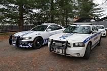Bohdanečtí strážníci se pyšní policejním speciálem Dodge Charger V8 5.7 hemi AWD. Ve flotile tak mají dva Chargery, první slouží již přes 12 let.