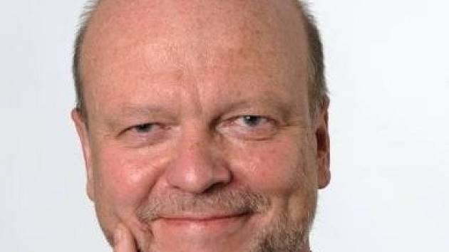 Nový rektor Jiří Málek.