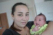 Mikuláš Puskás se narodil 20. října v 17:52 hodin. Měřil 52 centimetrů a vážil 3920 gramů. Maminku Nikolu u porodu podpořil tatínek Michal a rodina je z Pardubic.