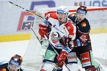 Jan Mandát, HC Dynamo Pardubice (v bíločerveném)