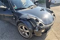 Opilý řidič zaparkoval ve vjezdu do nemocnice