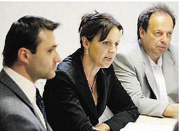Miroslav Stejskal (vpravo) a Alena Horáková (uprostřed)