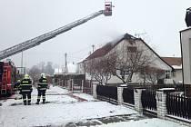 Požár rodinného domu v Rohoznici na Bohdanečsku.
